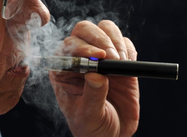 Regulations Remain On Hold while FDA Offers Sponsorship to New E-Cigarette Research