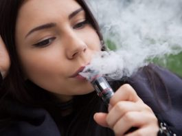 girl vaping
